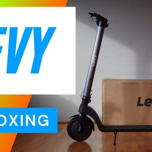 Levy Scooter Unboxing and First Impressions - Filmed in 4K
