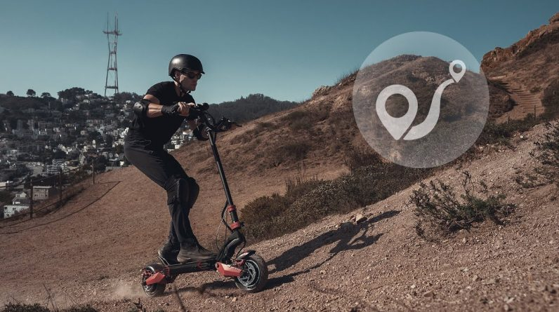 Fast Off-road Electric Scooter for Adults   Varla Eagle One